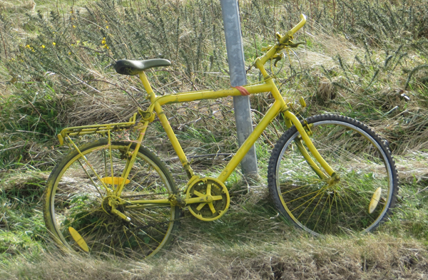Yello Bike on Sledgates